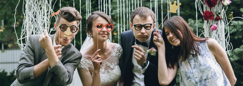 6 Ways to Save Money as a Wedding Guest